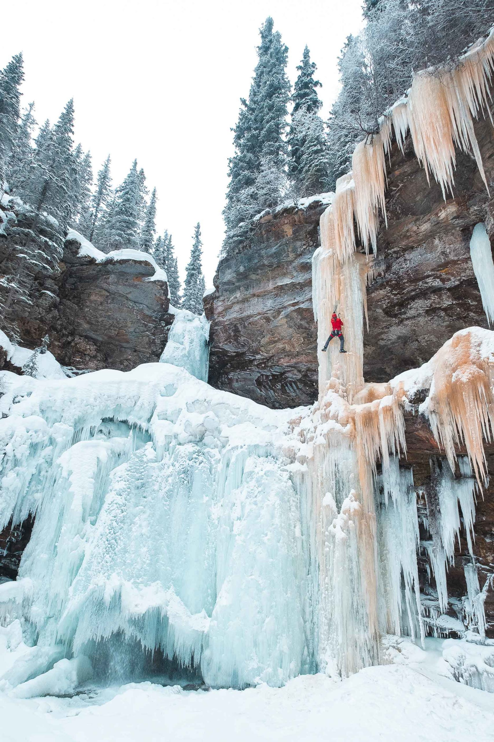 Ice-Climbing-Photography-Tyler-Weber